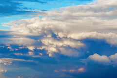 σωρείτης σύννεφων φυσικό&sigm Στοκ Εικόνα