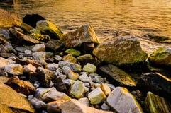 Σωροί βράχου στην αποκατάσταση εδάφους Στοκ Εικόνα