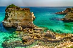 Σωροί στην ακτή Apulia στην Ιταλία Στοκ εικόνα με δικαίωμα ελεύθερης χρήσης
