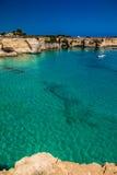 Σωροί στην ακτή Apulia στην Ιταλία Στοκ φωτογραφία με δικαίωμα ελεύθερης χρήσης