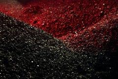 Σωροί του άνθρακα στο κόκκινο φως Στοκ εικόνα με δικαίωμα ελεύθερης χρήσης