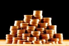 Σωροί των παλαιών χρυσών νομισμάτων Στοκ εικόνες με δικαίωμα ελεύθερης χρήσης