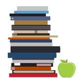 Σωρός και μήλο βιβλίων Στοκ εικόνα με δικαίωμα ελεύθερης χρήσης