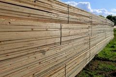 Σωρός ξυλείας πεύκων Στοκ Φωτογραφία