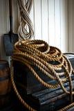 Σωρός σχοινιών στο κλουβί Στοκ Εικόνες