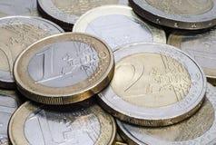 Σωρός της ευρο- κινηματογράφησης σε πρώτο πλάνο νομισμάτων Στοκ φωτογραφία με δικαίωμα ελεύθερης χρήσης