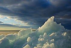 Σωρός του πάγου στην παραλία Στοκ Εικόνα