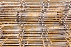 Σωρός του σκουριασμένου ενισχύοντας πλέγματος, armature Στοκ Φωτογραφίες
