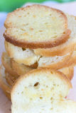 Σωρός του ψωμιού φρυγανιάς με το άρωμα τυριών Στοκ εικόνες με δικαίωμα ελεύθερης χρήσης