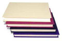Σωρός των βιβλίων με τις κενές καλύψεις Στοκ Φωτογραφία
