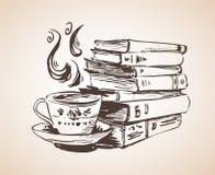Σωρός των βιβλίων με το φλυτζάνι του τσαγιού ελεύθερη απεικόνιση δικαιώματος