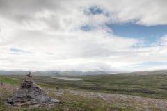 Σωρός των βράχων και του νορβηγικού τοπίου Στοκ Εικόνες