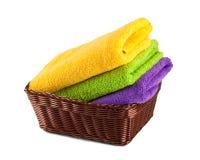 Σωρός των καθαρών φρέσκων πετσετών που απομονώνονται Στοκ Εικόνα