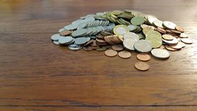 Σωρός των μικτών νομισμάτων στοκ φωτογραφία