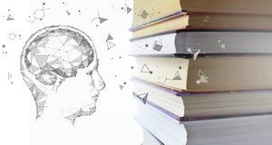 Σωρός των πολύχρωμων βιβλίων και του ανθρώπινου κεφαλιού ατόμων με τον εγκέφαλο Παλαιά εγχειρίδια που συσσωρεύονται ο ένας στον ά στοκ φωτογραφία με δικαίωμα ελεύθερης χρήσης