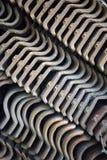 Σωρός των υπαίθριων κεραμιδιών στη γεωμετρική σύνθεση Στοκ φωτογραφία με δικαίωμα ελεύθερης χρήσης