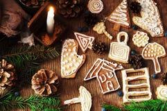 Σωρός των φρέσκων ορεκτικών oatmeal μπισκότων στο ξύλινο υπόβαθρο Τραγανά φρέσκα μπισκότα Πολλά μπισκότα shortcake Μικτό γουργούρ Στοκ φωτογραφίες με δικαίωμα ελεύθερης χρήσης