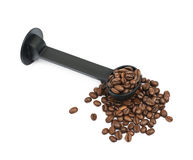 Σωρός των ψημένων φασολιών καφέ που απομονώνονται Στοκ εικόνες με δικαίωμα ελεύθερης χρήσης