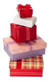 Σωρός των όμορφων κιβωτίων δώρων με τα τόξα Στοκ εικόνα με δικαίωμα ελεύθερης χρήσης