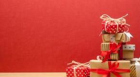 Σωρός των δώρων Χριστουγέννων Στοκ Φωτογραφία