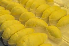 Σωρός durian έτοιμου να φάει εξωτικό πορτοκάλι μετρητών καρπού τροφίμων σιτηρεσίου μπανανών εποχιακό Στοκ εικόνα με δικαίωμα ελεύθερης χρήσης