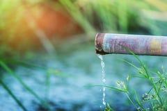 Σωλήνας μετάλλων νερού Στοκ φωτογραφία με δικαίωμα ελεύθερης χρήσης