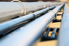 Σωλήνας χάλυβα στο διυλιστήριο πετρελαίου Στοκ Εικόνες