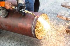 Σωλήνας Cuting Στοκ φωτογραφία με δικαίωμα ελεύθερης χρήσης