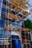 Σωλήνες έλξης υλικών σκαλωσιάς και νερού Στοκ Εικόνες