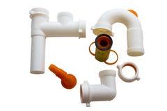 Σωλήνες εγχώριου PVC που τίθενται για το νεροχύτη Στοκ εικόνες με δικαίωμα ελεύθερης χρήσης