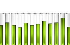 Σωλήνες δοκιμής με το διαφανές πράσινο υγρό Στοκ Φωτογραφίες