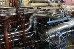 Σωλήνες στις εγκαταστάσεις παραγωγής ενέργειας στοκ εικόνα με δικαίωμα ελεύθερης χρήσης