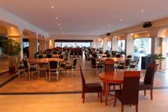 Σύγχρονα έπιπλα εστιατορίων Στοκ εικόνα με δικαίωμα ελεύθερης χρήσης