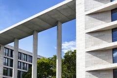 Σύγχρονα δείγματα αρχιτεκτονικής στο Βερολίνο Στοκ εικόνες με δικαίωμα ελεύθερης χρήσης