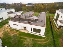 Σύγχρονα εξοχικά σπίτια κάτω από την κατασκευή Στοκ φωτογραφίες με δικαίωμα ελεύθερης χρήσης
