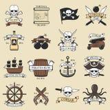 Σύγχρονα επαγγελματικά πρότυπο εμβλημάτων σκελετών ξιφών διακριτικών λογότυπων πειρατών θαλάσσια ναυτικά παλαιά και εικονίδιο θάλ ελεύθερη απεικόνιση δικαιώματος