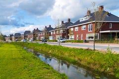 Σύγχρονα κατοικημένα σπίτια στις Κάτω Χώρες στοκ φωτογραφία με δικαίωμα ελεύθερης χρήσης