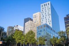 Σύγχρονα κτήρια στη Βαρκελώνη Στοκ Εικόνες