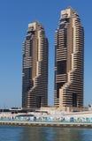 Σύγχρονα κτήρια στη μαρίνα του Ντουμπάι Στοκ εικόνα με δικαίωμα ελεύθερης χρήσης