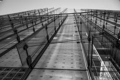Σύγχρονα μέτωπα γυαλιού των κτιρίων γραφείων στο Canary Wharf - ΛΟΝΔΙΝΟ - ΜΕΓΑΛΗ ΒΡΕΤΑΝΊΑ - 19 Σεπτεμβρίου 2016 Στοκ Φωτογραφίες
