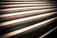 Σύγχρονα σκαλοπάτια ύφους με το φωτισμό νύχτας Στοκ εικόνες με δικαίωμα ελεύθερης χρήσης