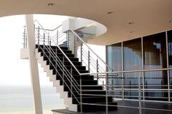 σύγχρονα σκαλοπάτια στοκ φωτογραφία με δικαίωμα ελεύθερης χρήσης