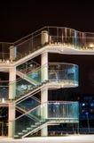 Σύγχρονα σκαλοπάτια της λεωφόρου αγορών Στοκ εικόνες με δικαίωμα ελεύθερης χρήσης