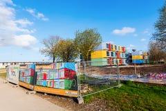 Σύγχρονα stackable διαμερίσματα σπουδαστών που καλούνται spaceboxes σε Almere, Κάτω Χώρες Στοκ Εικόνα