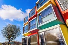Σύγχρονα stackable διαμερίσματα σπουδαστών που καλούνται spaceboxes σε Almere, Κάτω Χώρες Στοκ εικόνα με δικαίωμα ελεύθερης χρήσης