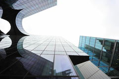 Σύγχρονες λεπτομέρειες αρχιτεκτονικής - κτήρια γυαλιού Στοκ Φωτογραφίες