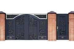 Σύγχρονες σφυρηλατημένες διακοσμητικές πύλες. στοκ εικόνες με δικαίωμα ελεύθερης χρήσης