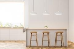 Σύγχρονη άσπρη κουζίνα με το φραγμό και τα σκαμνιά, μέτωπο ελεύθερη απεικόνιση δικαιώματος