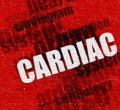 Σύγχρονη έννοια ιατρικής: Καρδιακός στο κόκκινο Brickwall ελεύθερη απεικόνιση δικαιώματος