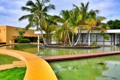 Σύγχρονη αρχιτεκτονική του ξενοδοχείου Καταλωνία βασιλικό Bavaro στη Δομινικανή Δημοκρατία Στοκ Εικόνα